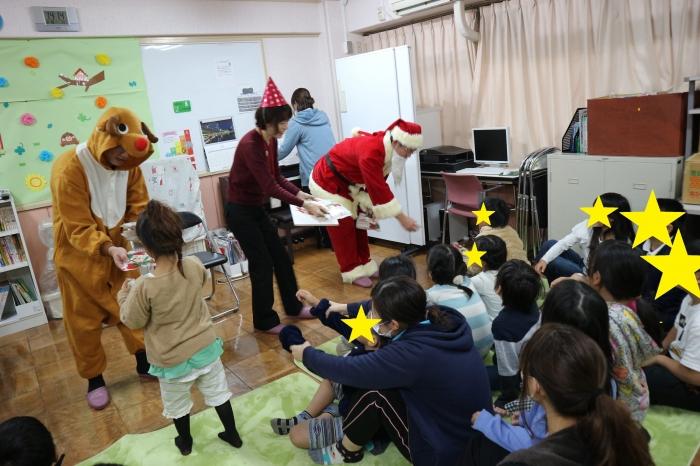 クリスマス寄付 福祉施設の子供たちへクリスマスの贈り物